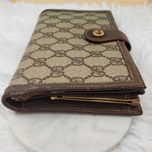 Gucci Bags - Gucci trifold vintage wallet